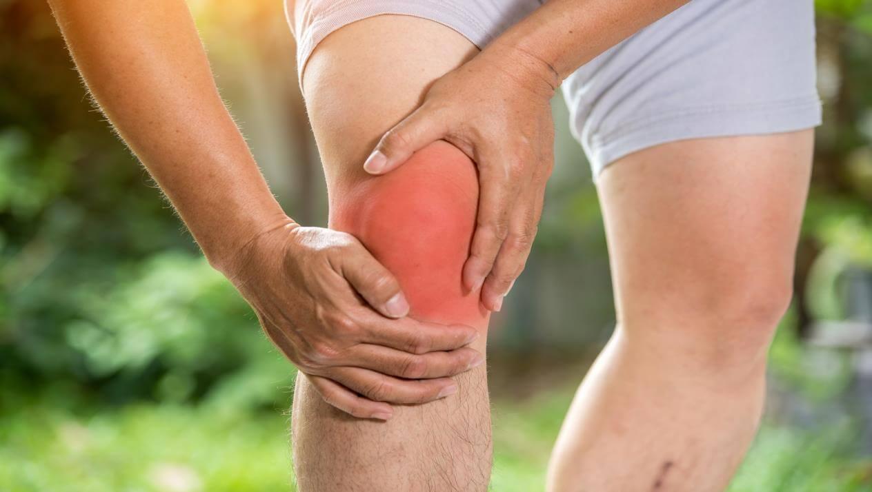 أسباب آلام المفاصل والركبة ألم الركبة المفاجئ وعلاجه